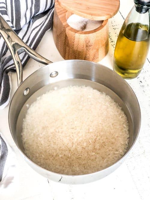 مدة نقع الأرز الأمريكي